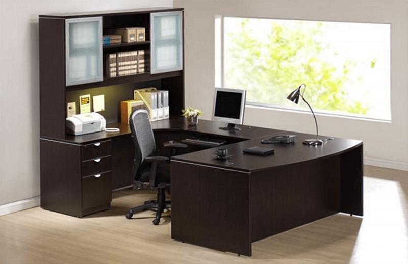 aranżowanie pomieszczenia biurowego